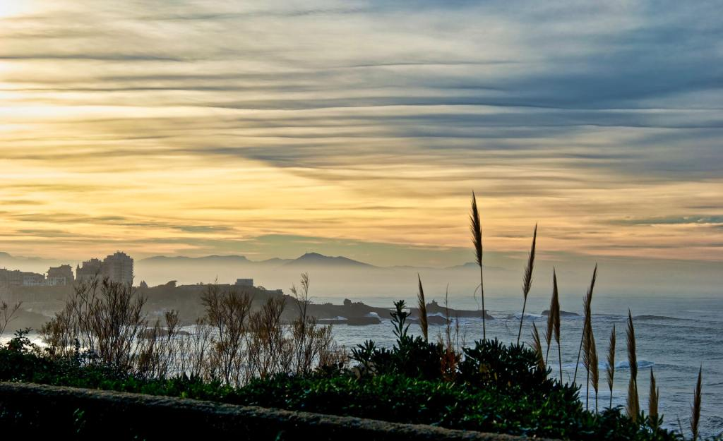 sunset biarritz
